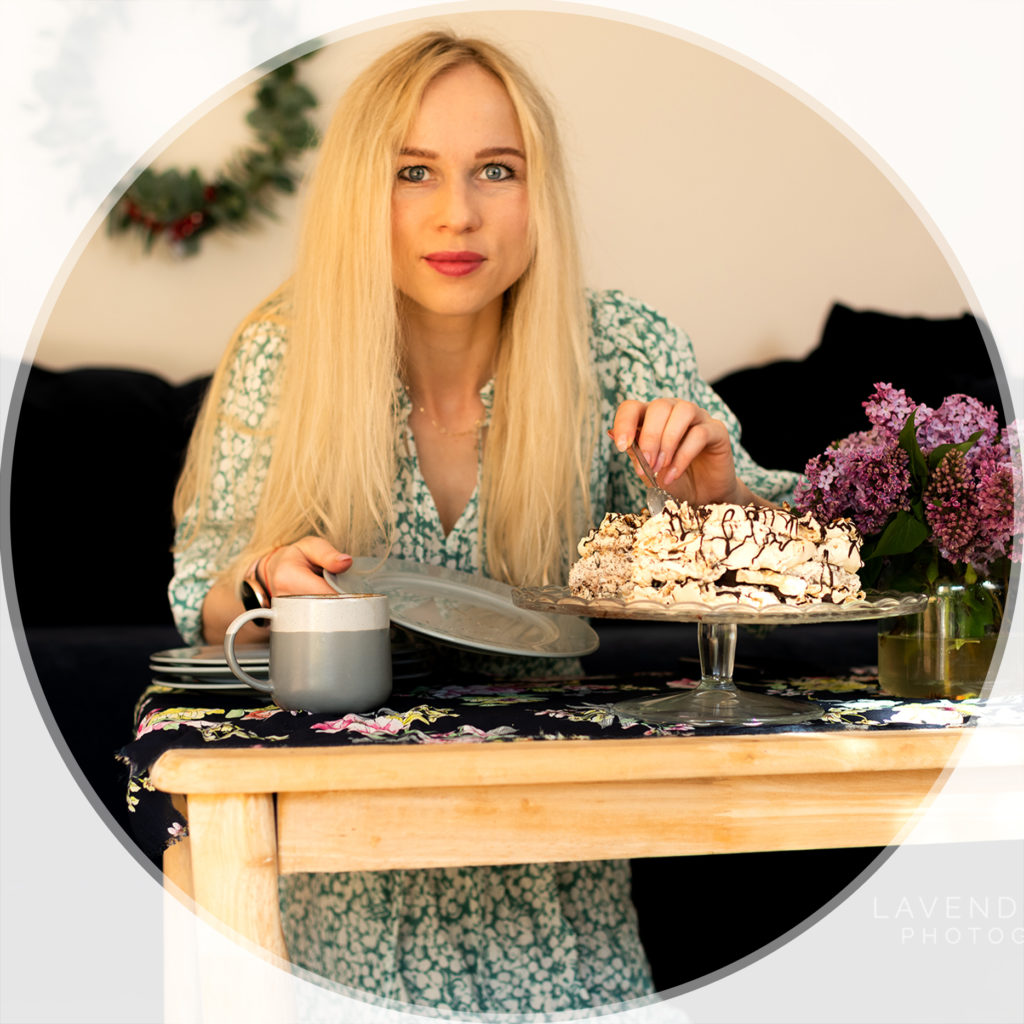 Headshot north east london, owner of lavender hill photography, eating meringue cake
